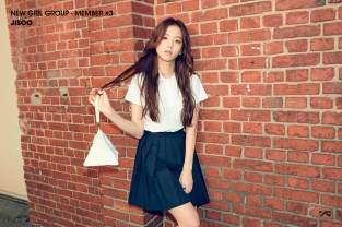 Official Jisoo #4
