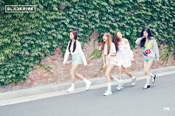 """[YG-LIFE] 160629 YG's new girl group has confirmed to be """"BLACKPINK"""" with four members… TEDDY is the dedicated producer"""