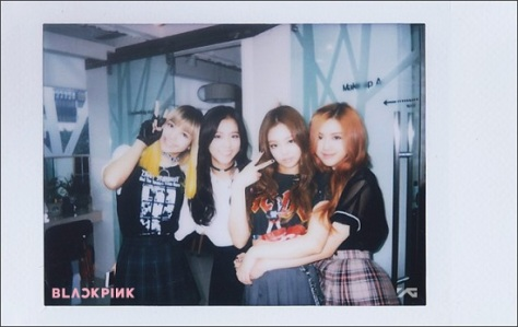 BLACKPINK_STAFF_REPORT_POLAROID_1