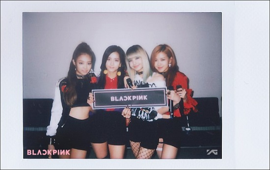 [OFFICIAL/TRANS] 160819 STAFF REPORT: BLACKPINK DEBUT STAGE BEHIND STORY!