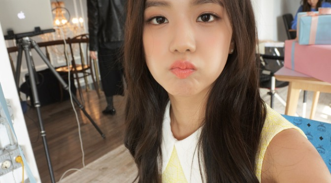 [ENDORSEMENT] 160803 Jisoo's Selcas for Nikon1 J5