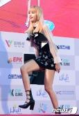 블랙핑크 리사가 19일 오후 서울 잠실 실내체육관에서 한국방문의 해 기념으로 열린 '제26회 하이원 서울가요대상'에 참석하고 있다.