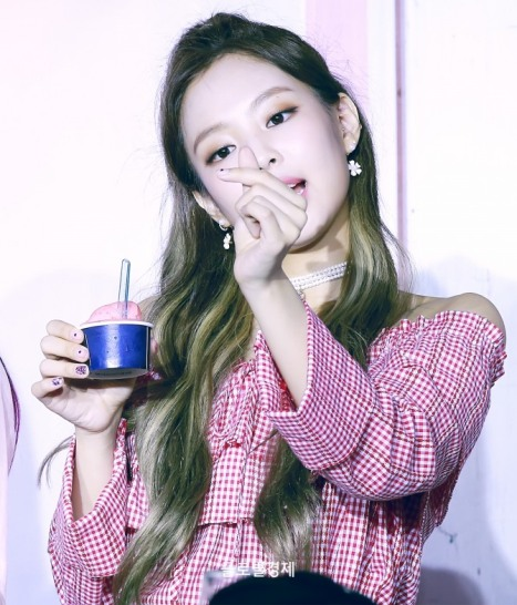 170701 ICE CREAM EVENT JENNIE_14