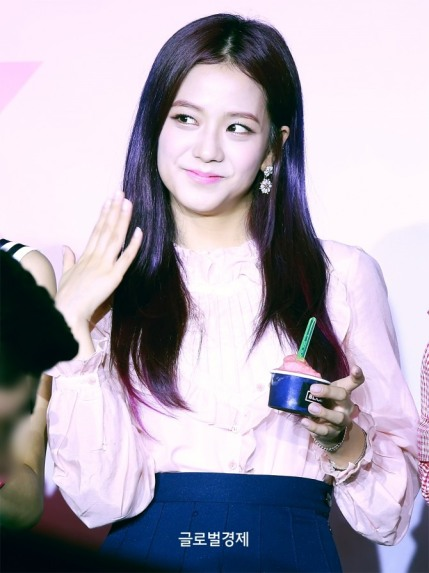 170701 ICE CREAM EVENT JISOO_13