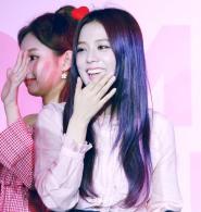 170701 ICE CREAM EVENT JISOO_15