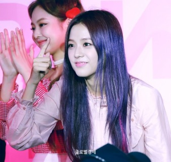 170701 ICE CREAM EVENT JISOO_16