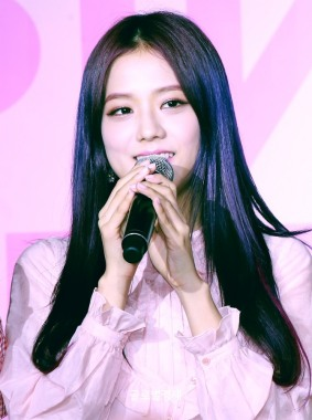 170701 ICE CREAM EVENT JISOO_7