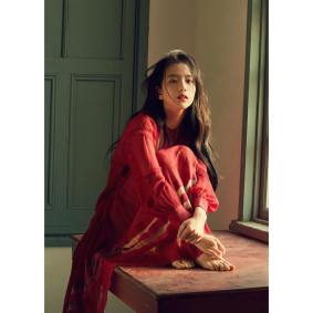 171120 f9issue_official jisoo on instyle dec2017 issue_3