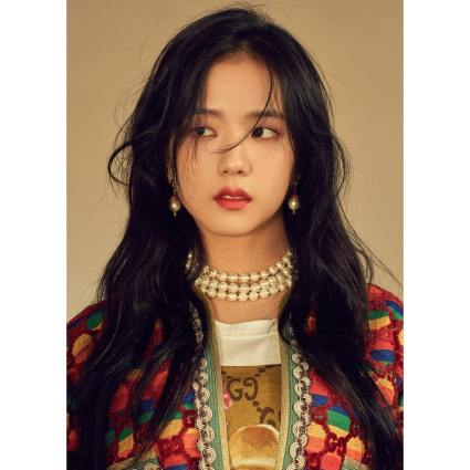 171120 f9issue_official jisoo on instyle dec2017 issue_8