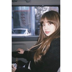 171201 blackpinkofficial lisa_2
