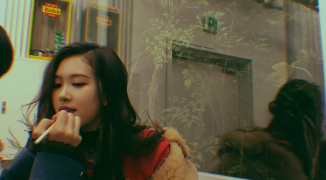 [YG-LIFE] 171210 A Chic Modern Woman Today, BLACKPINK's ROSÉ, Shows Off Enchanting Visuals