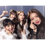171225 blackpinkofficial merry christmas_2