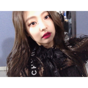 180108 blackpinkofficial jennie_2