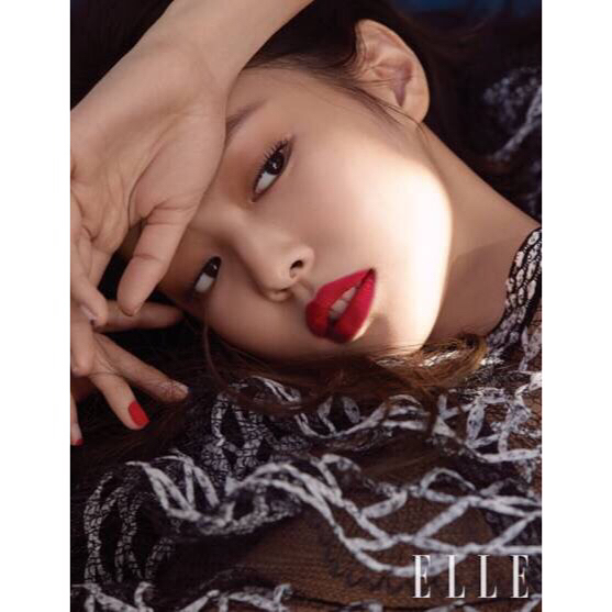 180220 blackpinkofficial 2 jennie elle korea march 2018_2