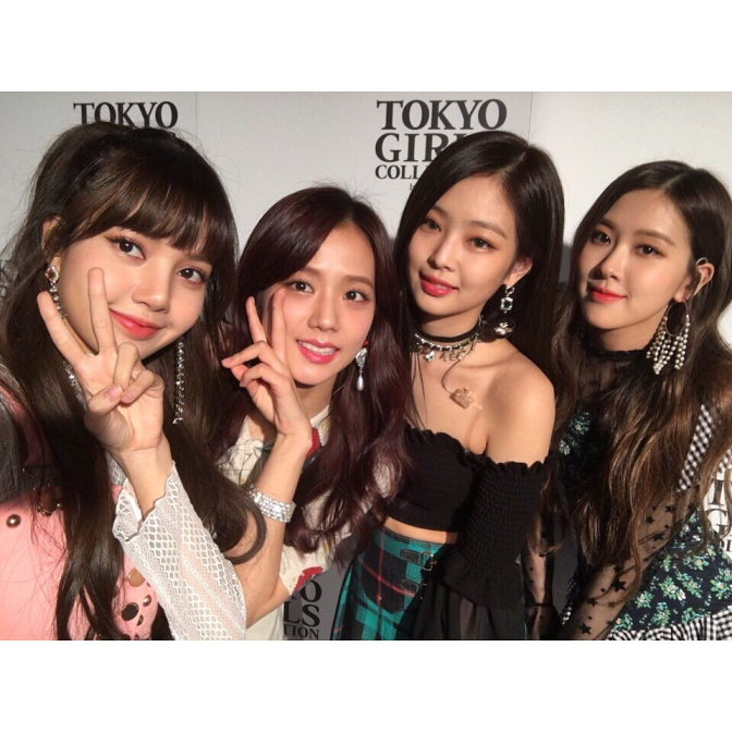 [IG/TRANS] 180327~31 blackpinkofficial Updates: Lisa's Birthday, 200M YouTube Views for Playing With Fire MV, Tokyo Girls Collection & More