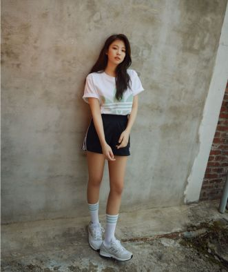 180516 shoemarker_official 1 jennie adidas