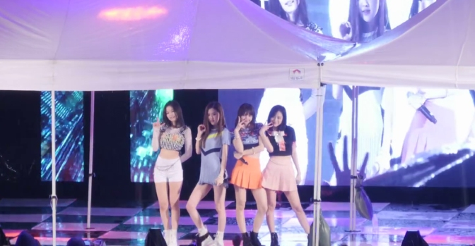 [FANCAMS] 180517 BLACKPINK at Seoul National University of Science and Technology Festival