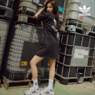180517 shoemarker_official 1 jennie adidas_1