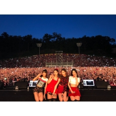 180525 blackpinkofficial 3 korea university festival_2
