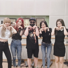 180628 junmusicshow 2 blackpink with moon heejun_1
