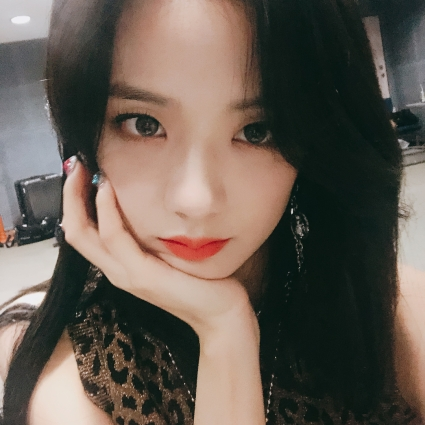 180701 sooyaaa__ selca and taken photos_2