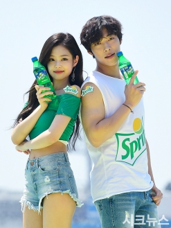180721 waterbomb jennie dohwan_13