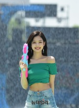 180721 waterbomb jennie_111