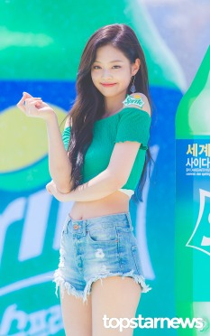 180721 waterbomb jennie_48