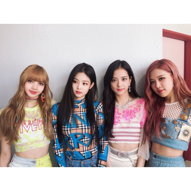 [NEWS] 180723 BLACKPINK Voted As No.1 Most Wanted Girl Group To See At Summer Concert by Korean Soldiers