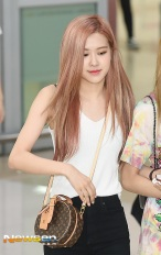 180726 gimpo airport arrival_22