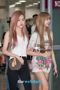 180726 gimpo airport arrival_26
