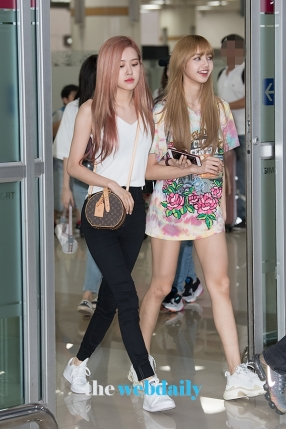 180726 gimpo airport arrival_30
