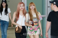 180726 gimpo airport arrival_32