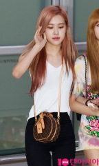 180726 gimpo airport arrival_48
