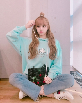 180707 lalalalisa_m blink thank you for today_3