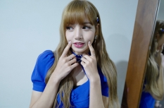 180811 moonshot_korea 1 lisa fan event indonesia repost lalalalisa_m_2