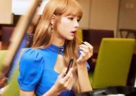 180812 moonshot_korea 1 lisa fan event indonesia Lisa_s favorite color RosyClaret