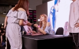 180812 moonshot_korea 3 lisa fansign event thailand day1_1