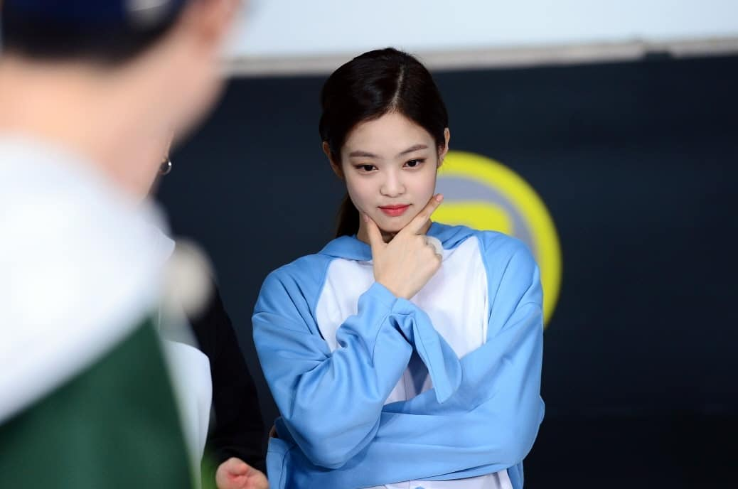 "[NEWS] 180810 BLACKPINK's Jennie Gets Ready To Take Over ""Running Man"" Again In New Stills"