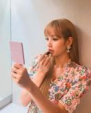 180813 moonshot_korea lisa fansign event thailand day2_2