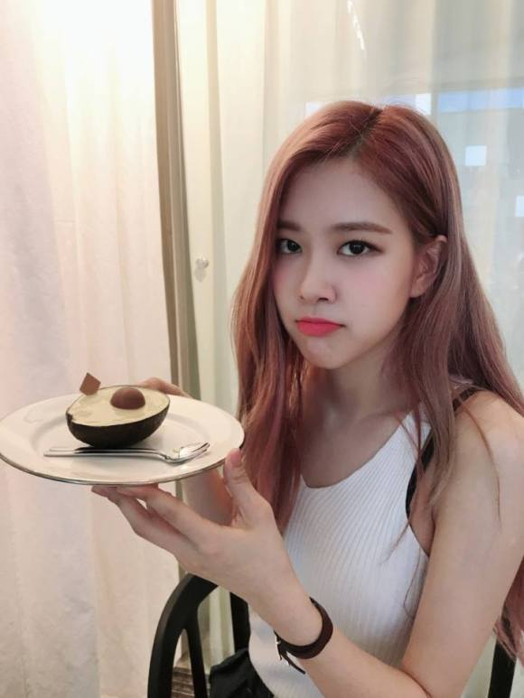 180829 WEDNESDAY FOOD TALK FB ROSE