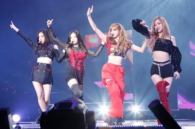 [NEWS] 180830 BLACKPINK's 'DDU-DU DDU-DU' Remains Strong on Gaon's Digital & Streaming Charts