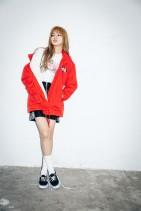 x-girl-nonagon-lisa-blackpink-campaign-collaboration-2