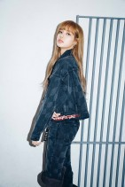 x-girl-nonagon-lisa-blackpink-campaign-collaboration-3