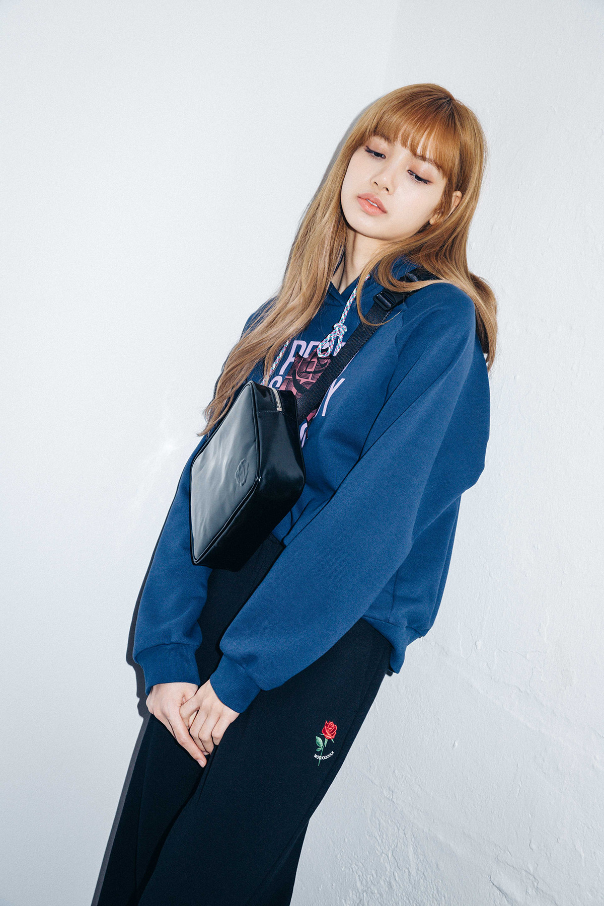 X Girl Nonagon Lisa Blackpink Campaign Collaboration 43 Ygdreamers
