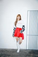 x-girl-nonagon-lisa-blackpink-campaign-collaboration-6