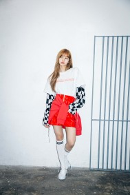 x-girl-nonagon-lisa-blackpink-campaign-collaboration-6