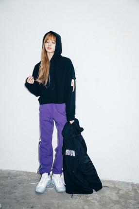 x-girl-nonagon-lisa-blackpink-campaign-collaboration-8