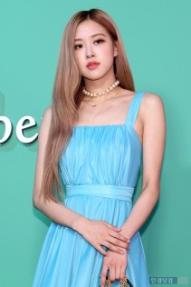180906 mulberry event - rose_11