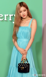 180906 mulberry event - rose_126